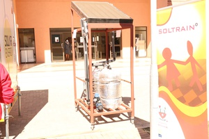 Minister of Tertiary Education, Research, Science and Technology visits University of Botswana's SOLTRAIN trailer