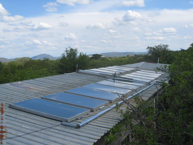 Solar thermal success story: Maru-a-Pula school hostels